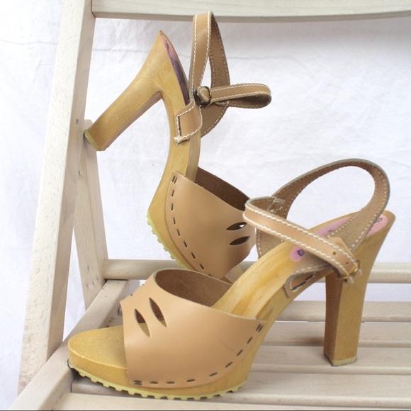 dec559b8685 Sears The Shoe Place Shoes